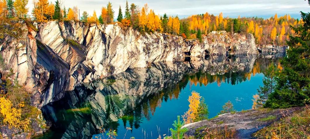 Парк Рускеала в Карелии: мраморный горный каньон - город Сортавала, река  Тохмайоки, фото, мероприятия